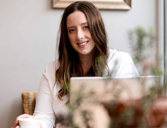 DEBUT AUTHOR LAUNCHES PERSONAL AND BUSINESS DEVELOPMENT BOOK FOR NEW MUMS-TO-BE